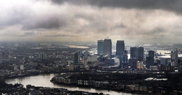 Brexit: leading banks set to pull out of UK early 2017