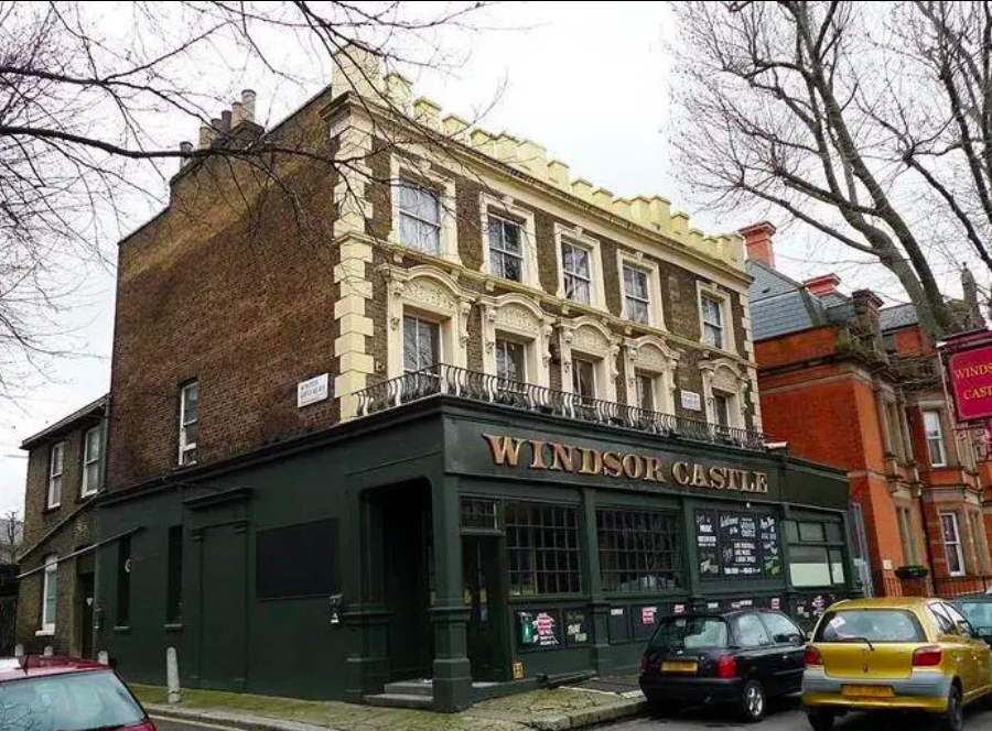It's the end of an era for Maida Vale pub The Windsor Castle