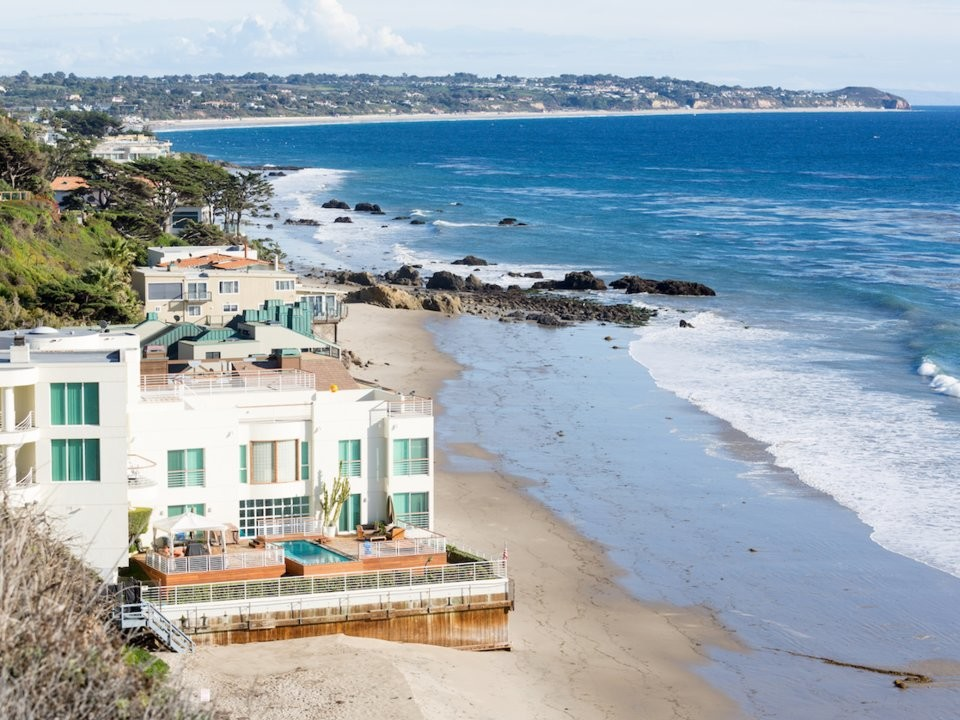 America's richest people buy homes in 'power markets' — here are the 17 most expensive and exclusive places