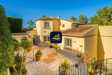 Classical style Villa for sale in Javea · TOSALET 3