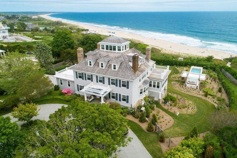 Rhode Island mansion near Taylor Swift's home sells for $17.6 million 7
