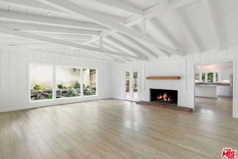 Julia Roberts is renting out her Malibu home 7