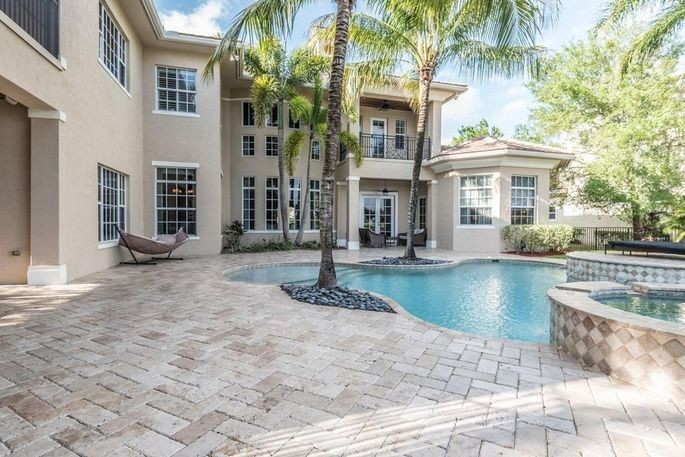 Hockey Star Jussi Jokinen Wants to Pass Florida Home to a Buyer for $1.85M 6