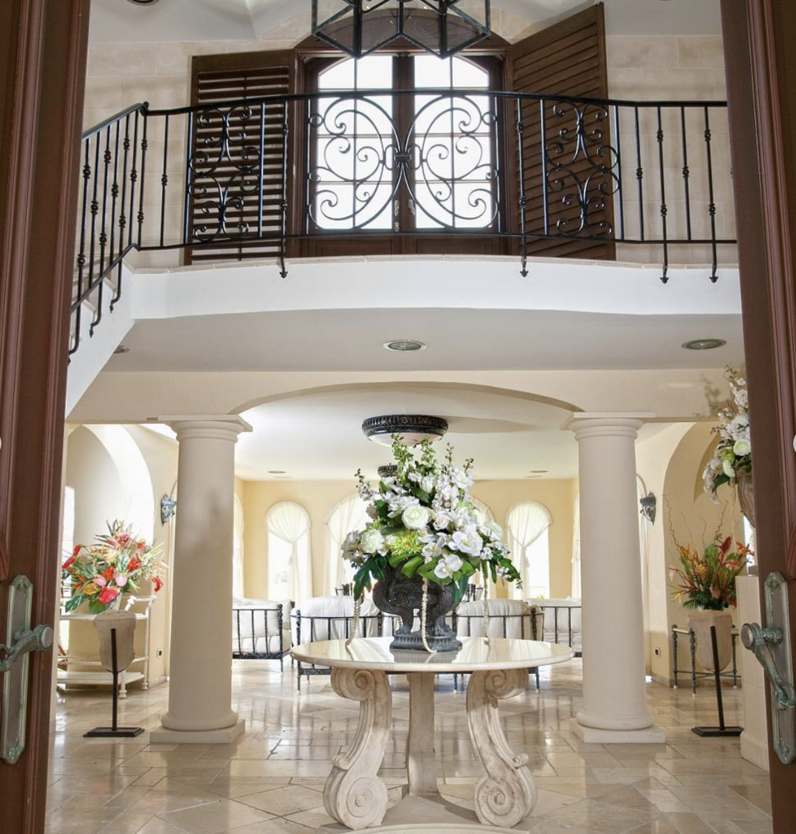 There's A Multimillion-Dollar Trump Mansion For Sale, And People Have Ethics Questions 6