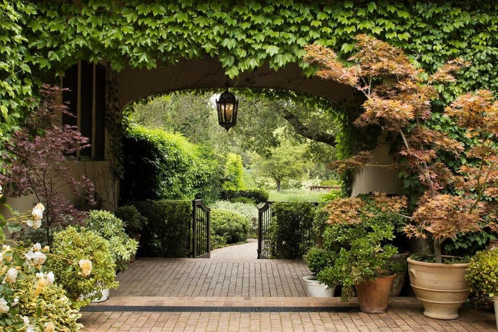 Michelle Pfeiffer Sells Her Silicon Valley Compound for $22M 11