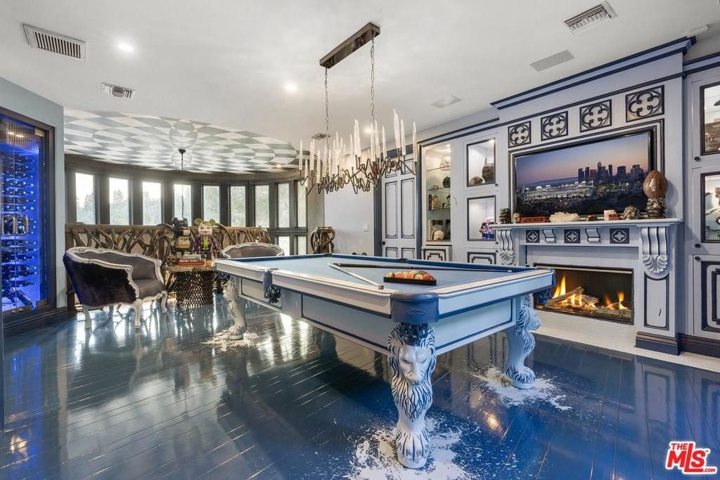 Dr. Phil Lists Bonkers Beverly Hills Mansion for $5.75M 12