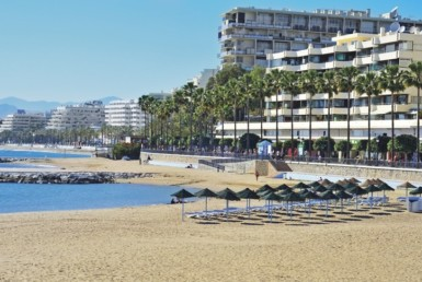 Costa del Sol's Marbella to entice holidaymakers back with price drops of around 30% when Spain's lockdown ends 8