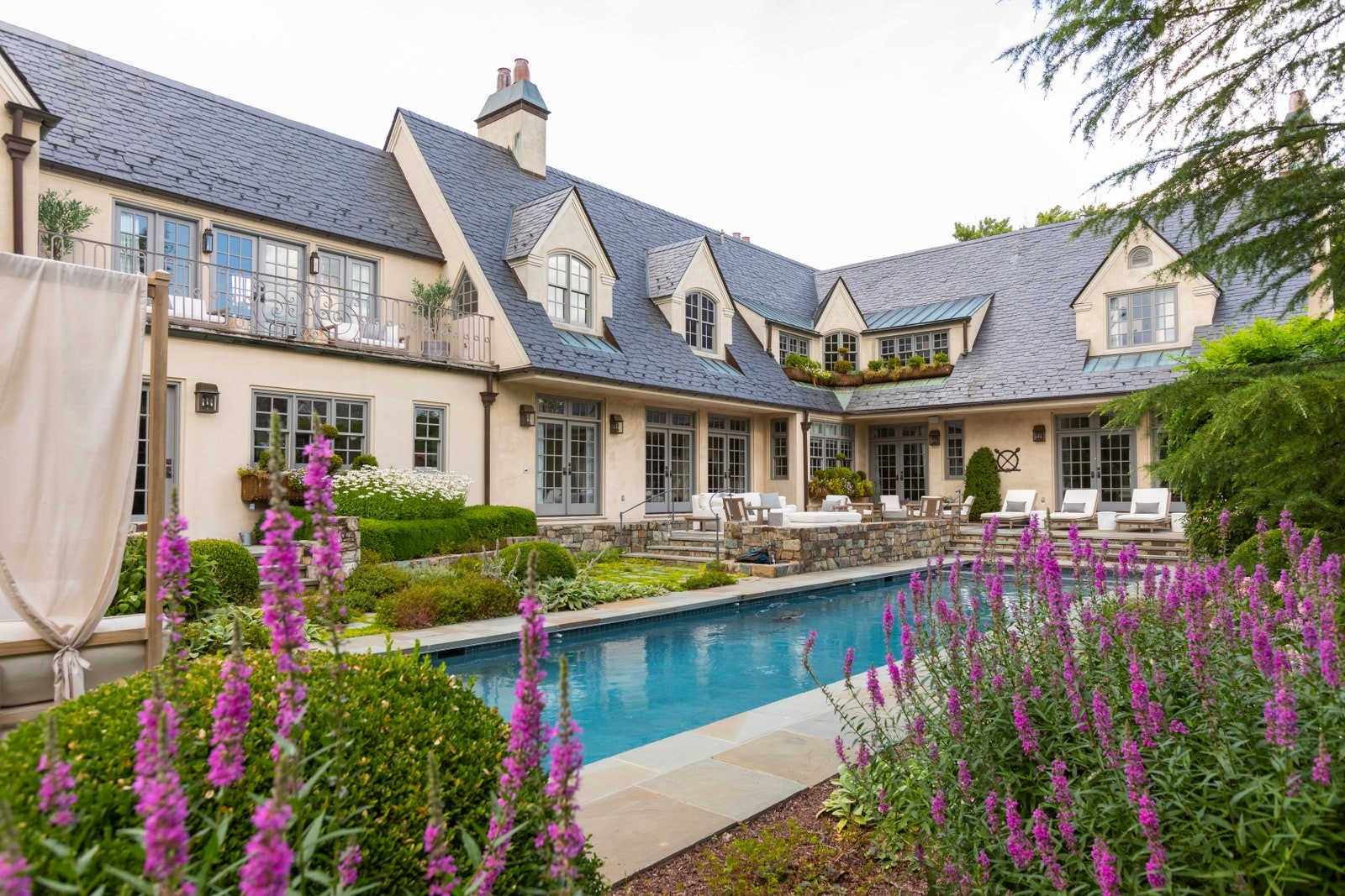 Tour T.J. and Lauren Oshie's Polished Virginia Manse 7