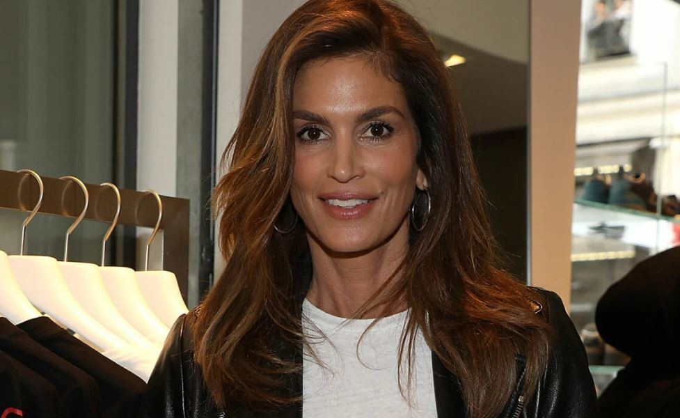 Cindy Crawford's dressing room inside $7.5million home is so unexpected